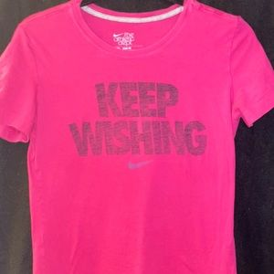 "Nike M Slim Fit ""Keep Wishing"" Tee"
